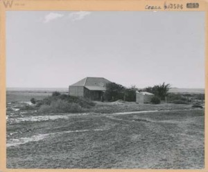 South Australia, Marree - The Mosque. [Photographer, R Bean.] National Archives of Australia. Date : 1947 Image no. : M914, SOUTH AUSTRALIA 3506 Barcode : 834494 Location : Melbourne Series accession number : M914/1
